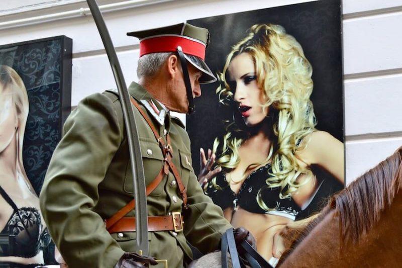 Poland Soldier Gogo Bar