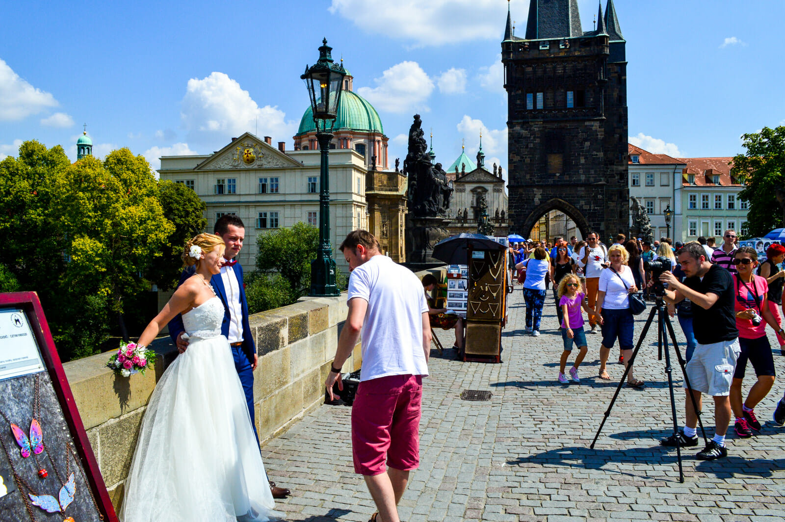 Romance at Charles Bridge in Prague