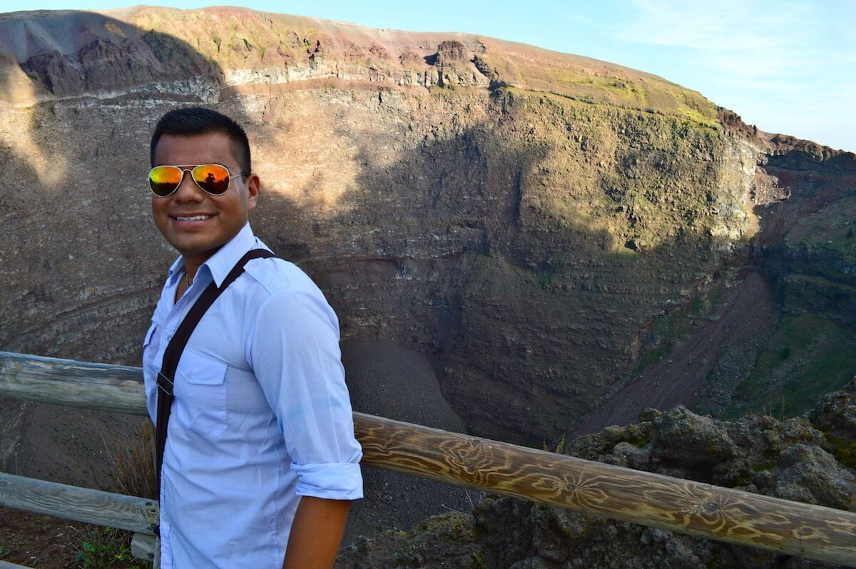 The Man of Wonders at Mt. Vesuvius