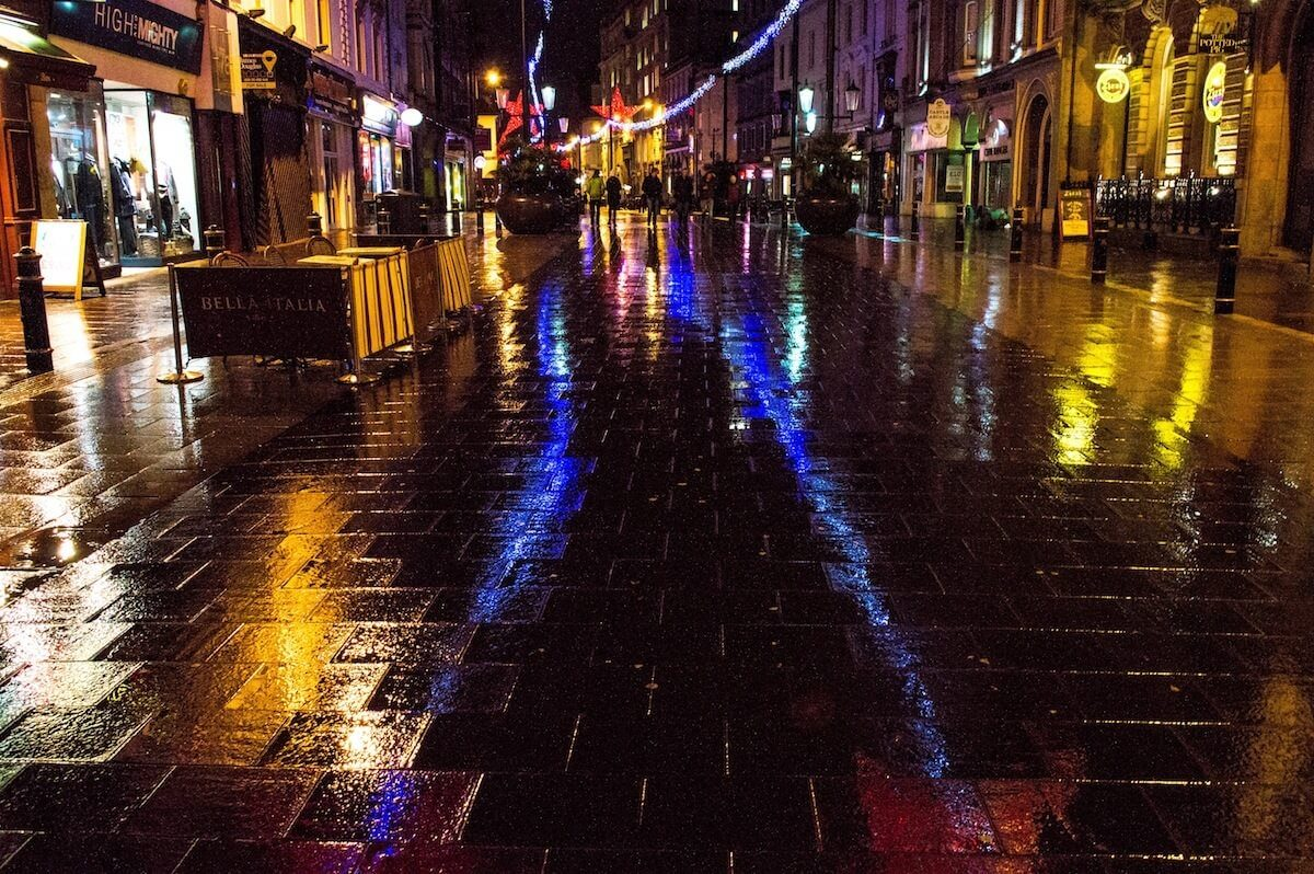 Nightime in Cardiff