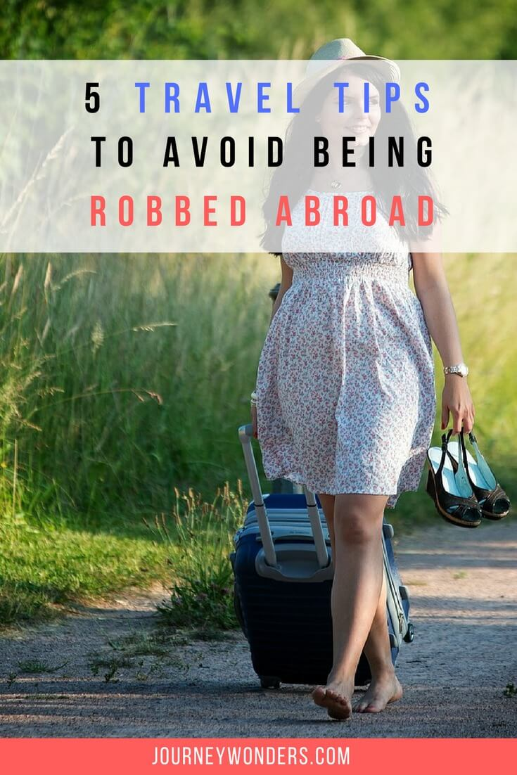 how to avoid being robbed at home