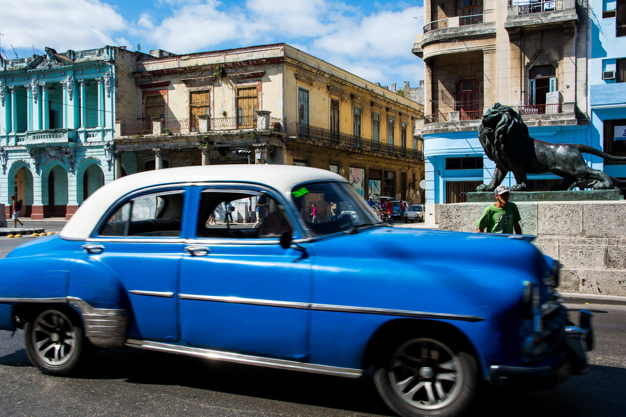The strets of Old Havana
